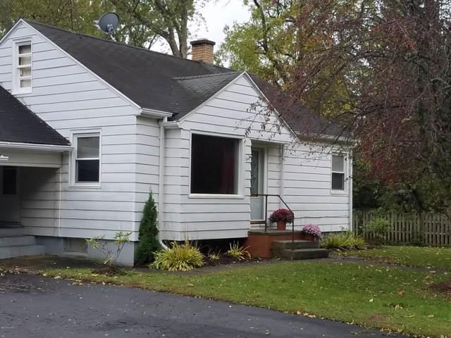 808 Elm Street, Paw Paw, MI 49079 (MLS #19051898) :: CENTURY 21 C. Howard
