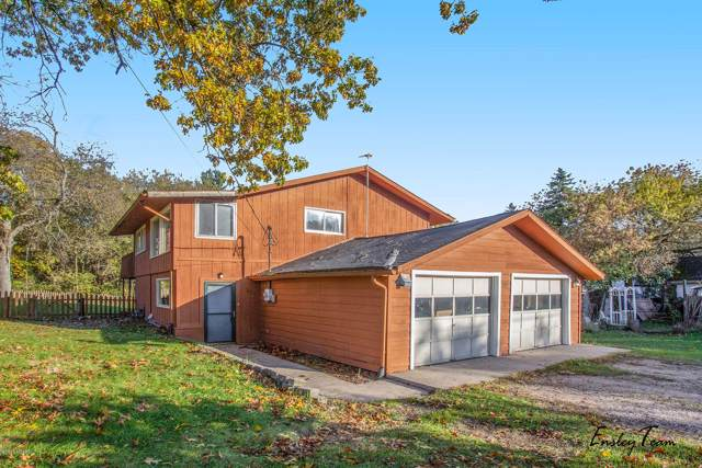 16800 Trufant Avenue NE, Sand Lake, MI 49343 (MLS #19051961) :: JH Realty Partners