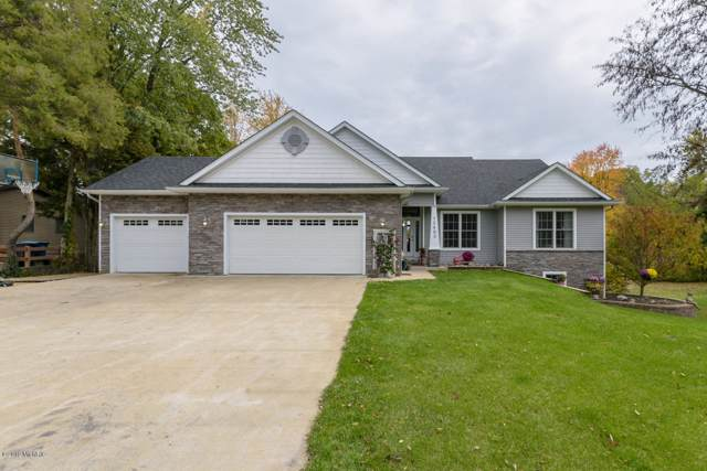 15483 S Barton Lake Drive, Vicksburg, MI 49097 (MLS #19052072) :: Deb Stevenson Group - Greenridge Realty