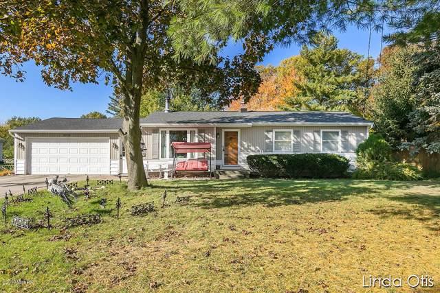 4773 Bonneville Drive NE, Grand Rapids, MI 49525 (MLS #19052120) :: JH Realty Partners