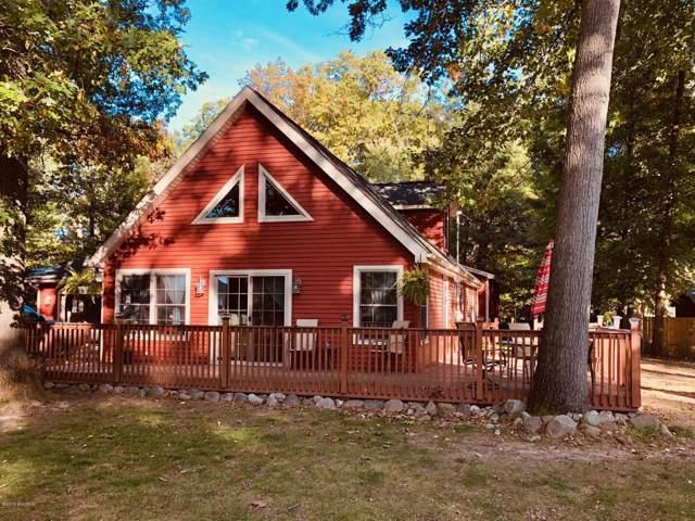 3431 Lake Drive, Hillsdale, MI 49242 (MLS #19052181) :: Deb Stevenson Group - Greenridge Realty