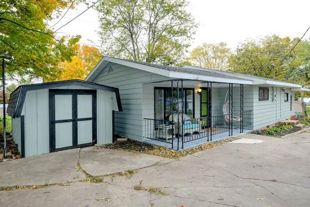 95363 Willow Drive, Lawton, MI 49065 (MLS #19052194) :: Deb Stevenson Group - Greenridge Realty