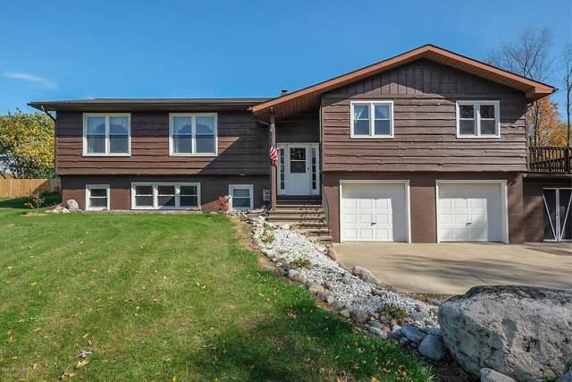 1381 112th Avenue, Otsego, MI 49078 (MLS #19052227) :: Matt Mulder Home Selling Team
