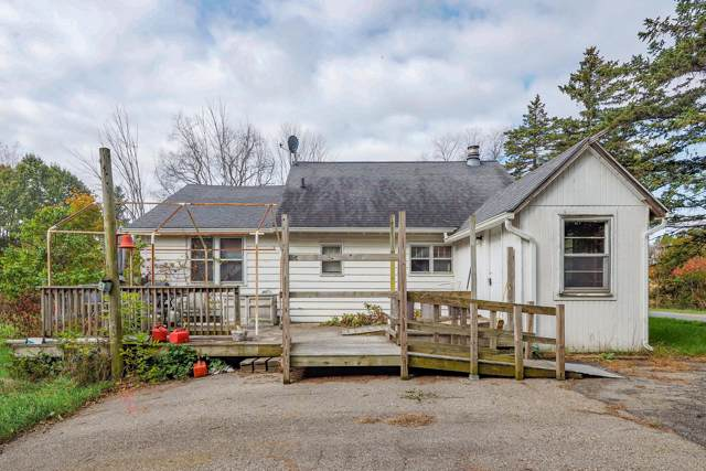 8970 Division Drive, Ceresco, MI 49033 (MLS #19052296) :: Deb Stevenson Group - Greenridge Realty