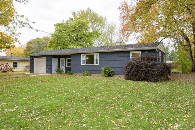 124 W Shore Terrace, East Leroy, MI 49051 (MLS #19052442) :: Matt Mulder Home Selling Team