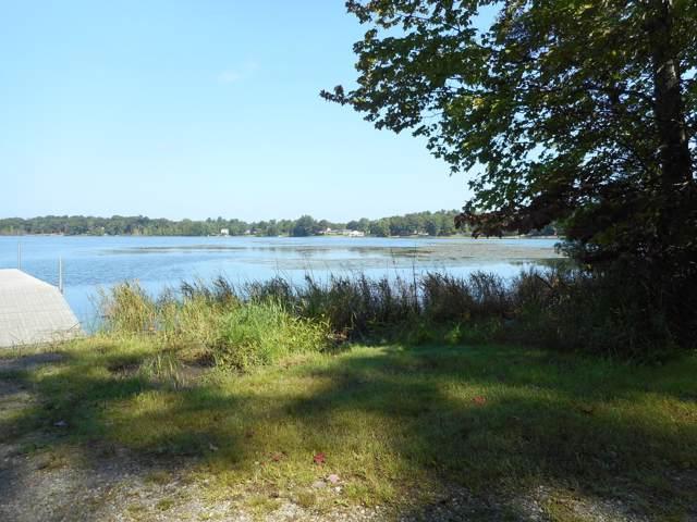 6675 Russell Road, Twin Lake, MI 49457 (MLS #19052616) :: CENTURY 21 C. Howard
