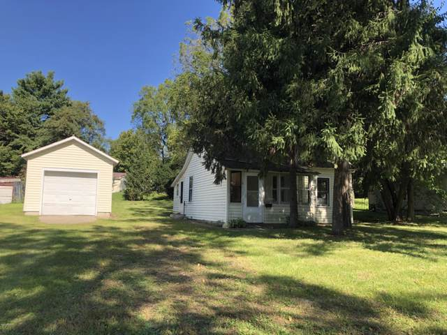 109 E Champion Street, Decatur, MI 49045 (MLS #19052735) :: Deb Stevenson Group - Greenridge Realty