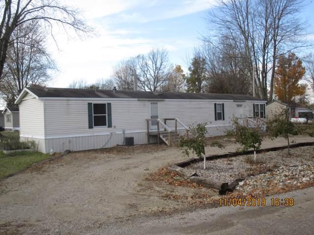 424 E Russell Drive, Coldwater, MI 49036 (MLS #19053575) :: Deb Stevenson Group - Greenridge Realty
