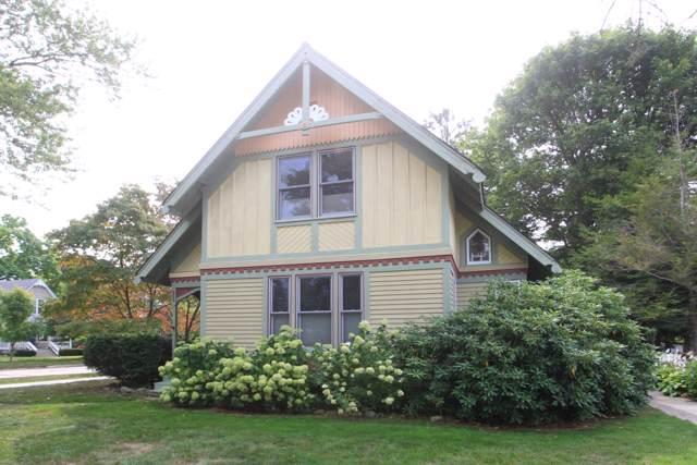 554 School Street, South Haven, MI 49090 (MLS #19053919) :: JH Realty Partners