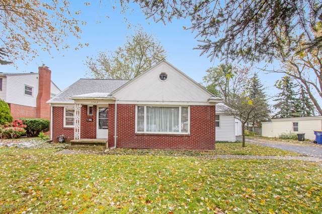 1742 Breton Road SE, East Grand Rapids, MI 49506 (MLS #19054130) :: CENTURY 21 C. Howard