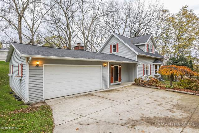 114 Greenridge Drive NW, Grand Rapids, MI 49544 (MLS #19054172) :: Deb Stevenson Group - Greenridge Realty