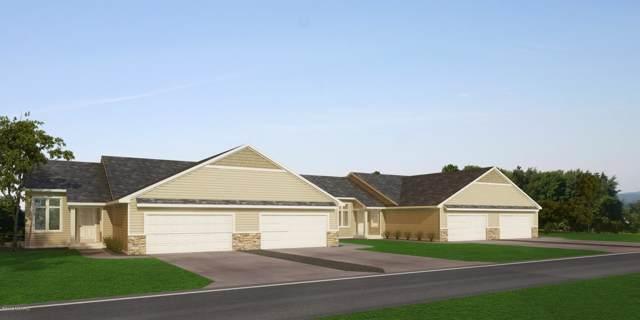 1371 S Village Circle #62, Kalamazoo, MI 49009 (MLS #19054192) :: Matt Mulder Home Selling Team