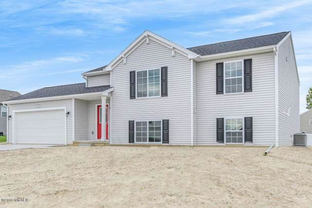 1645 Southpointe Trail, Otsego, MI 49078 (MLS #19054204) :: Matt Mulder Home Selling Team
