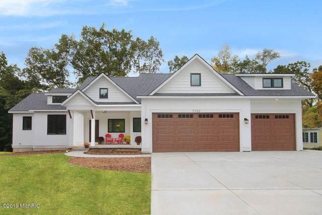 6233 Alaska Avenue SE, Alto, MI 49302 (MLS #19054338) :: Deb Stevenson Group - Greenridge Realty