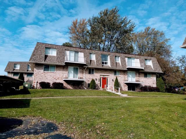 3608 Lakeshore Drive B5, St. Joseph, MI 49085 (MLS #19054381) :: Deb Stevenson Group - Greenridge Realty