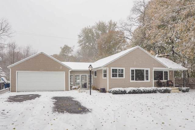 9475 Douglas Avenue, Plainwell, MI 49080 (MLS #19054524) :: JH Realty Partners