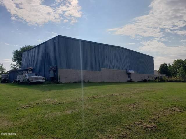 2809 Yore Avenue, Sodus, MI 49126 (MLS #19054630) :: Deb Stevenson Group - Greenridge Realty