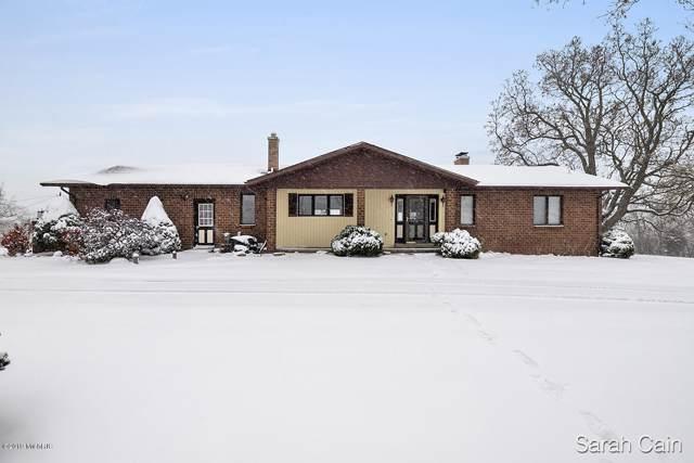 7555 108th Street, Middleville, MI 49333 (MLS #19054665) :: Deb Stevenson Group - Greenridge Realty