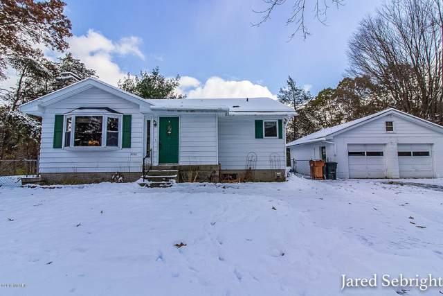 5320 Sunfish Lake Avenue NE, Rockford, MI 49341 (MLS #19054715) :: CENTURY 21 C. Howard