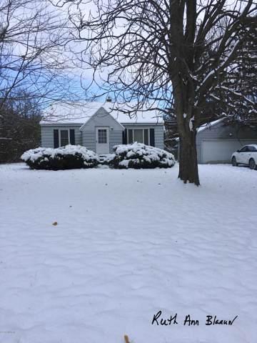 2540 Breton Road SE, Grand Rapids, MI 49546 (MLS #19054761) :: Deb Stevenson Group - Greenridge Realty