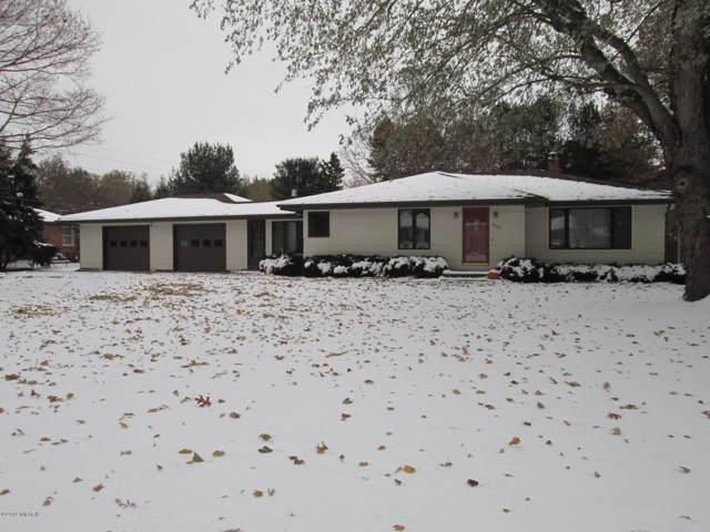 4939 S Roosevelt Road, Stevensville, MI 49127 (MLS #19054968) :: Deb Stevenson Group - Greenridge Realty