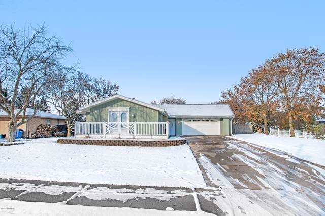 2649 Algonquin Court NE, Grand Rapids, MI 49525 (MLS #19054983) :: JH Realty Partners