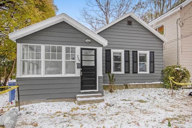 734 Logan Street SE, Grand Rapids, MI 49503 (MLS #19054994) :: Deb Stevenson Group - Greenridge Realty