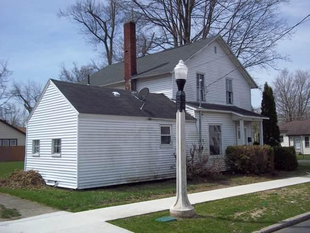 401 E Congress Street, Sturgis, MI 49091 (MLS #19055015) :: Deb Stevenson Group - Greenridge Realty
