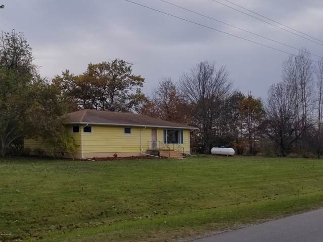639 W Hansen Road, Scottville, MI 49454 (MLS #19055031) :: Deb Stevenson Group - Greenridge Realty