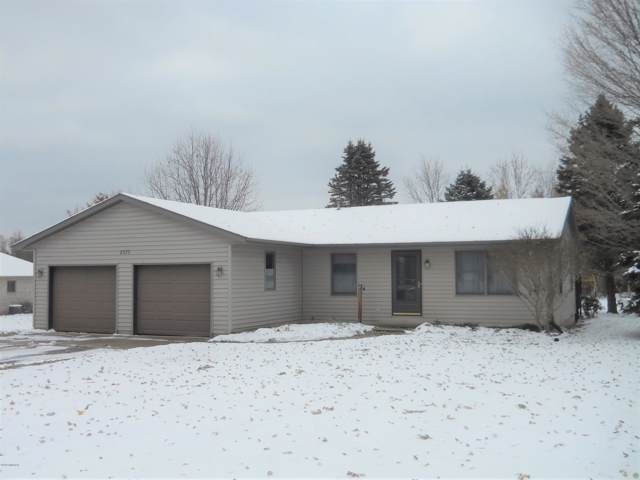 9373 W Baker Road, Greenville, MI 48838 (MLS #19055240) :: CENTURY 21 C. Howard