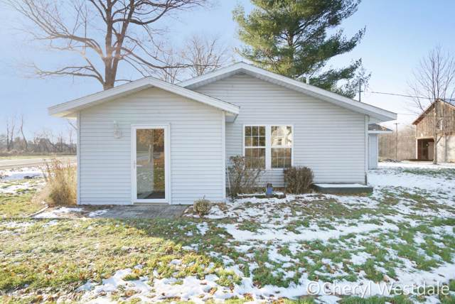 200 Pierson Road, Pierson, MI 49339 (MLS #19055246) :: Deb Stevenson Group - Greenridge Realty