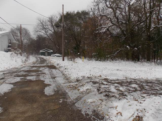 Silver Street, Cassopolis, MI 49031 (MLS #19055391) :: CENTURY 21 C. Howard