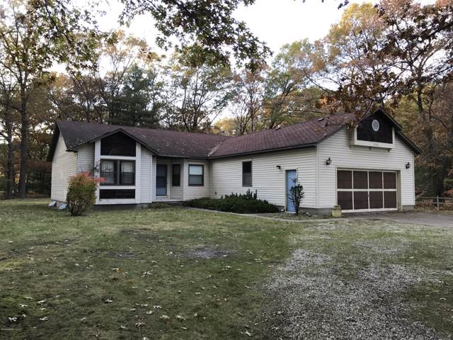 1762 Ramona Drive, Manistee, MI 49660 (MLS #19055394) :: Matt Mulder Home Selling Team