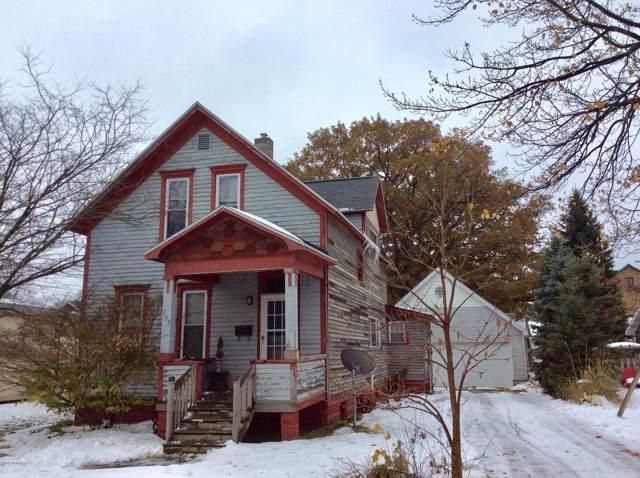 295 First Avenue, Manistee, MI 49660 (MLS #19055609) :: Deb Stevenson Group - Greenridge Realty