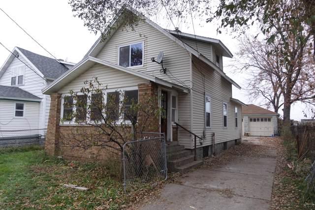 323 Fox Street SW, Grand Rapids, MI 49507 (MLS #19055650) :: JH Realty Partners
