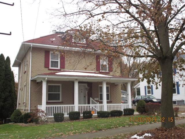 818 N Superior Street, Albion, MI 49224 (MLS #19055792) :: Deb Stevenson Group - Greenridge Realty