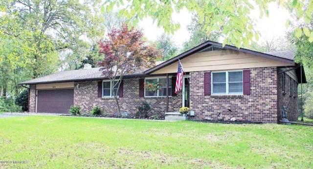 1670 Sycamore Street, Otsego, MI 49078 (MLS #19056071) :: Matt Mulder Home Selling Team