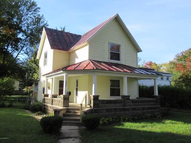 445 W Allegan Street, Otsego, MI 49078 (MLS #19056897) :: Matt Mulder Home Selling Team