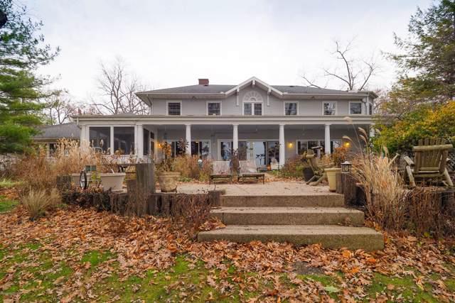3856 E Gull Lake Drive, Hickory Corners, MI 49060 (MLS #19057399) :: Deb Stevenson Group - Greenridge Realty