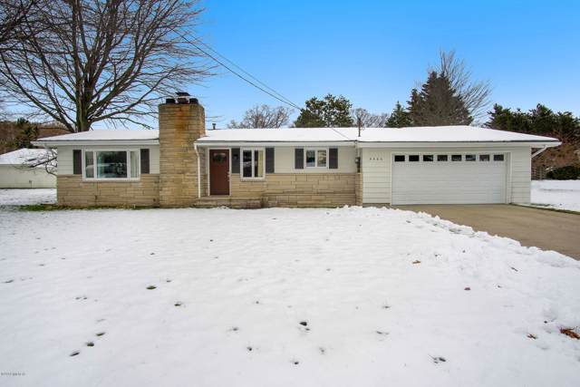 5566 W Hazelwood Drive, Ludington, MI 49431 (MLS #19057482) :: Deb Stevenson Group - Greenridge Realty