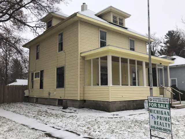 116 N N Clay Street, Greenville, MI 48838 (MLS #19057663) :: Deb Stevenson Group - Greenridge Realty