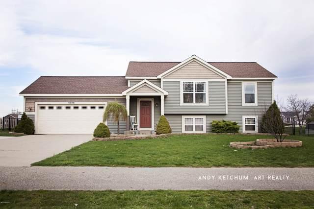 3406 112th Avenue, Holland, MI 49424 (MLS #19057664) :: Matt Mulder Home Selling Team