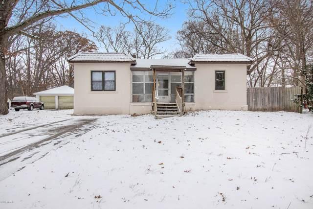 105 Vanderveen Avenue, Holland, MI 49424 (MLS #19057956) :: Matt Mulder Home Selling Team