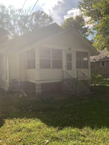 5502 Comstock Avenue Avenue, Kalamazoo, MI 49048 (MLS #19058030) :: CENTURY 21 C. Howard