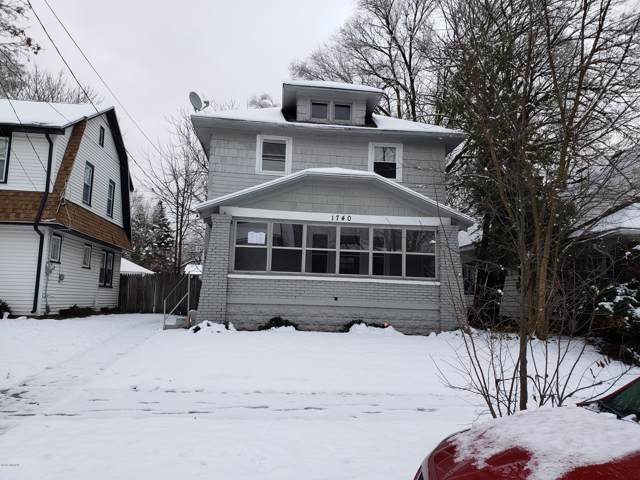 1740 Willard Avenue SE, Grand Rapids, MI 49507 (MLS #19058036) :: Matt Mulder Home Selling Team