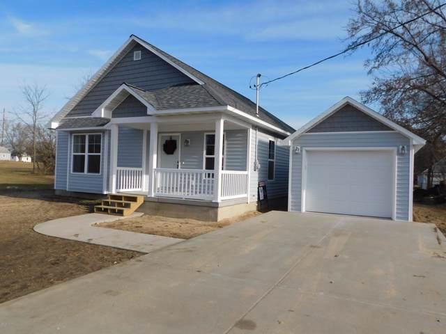 802 N Osmun Avenue, Greenville, MI 48838 (MLS #19058889) :: Deb Stevenson Group - Greenridge Realty