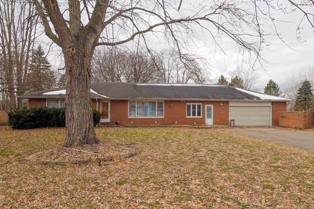 434 12th Street, Plainwell, MI 49080 (MLS #20000341) :: Matt Mulder Home Selling Team