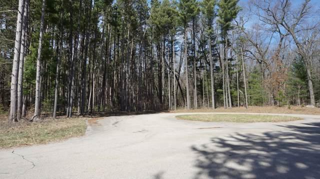 12 Pine Ridge Circle, Lawton, MI 49065 (MLS #20000426) :: Matt Mulder Home Selling Team
