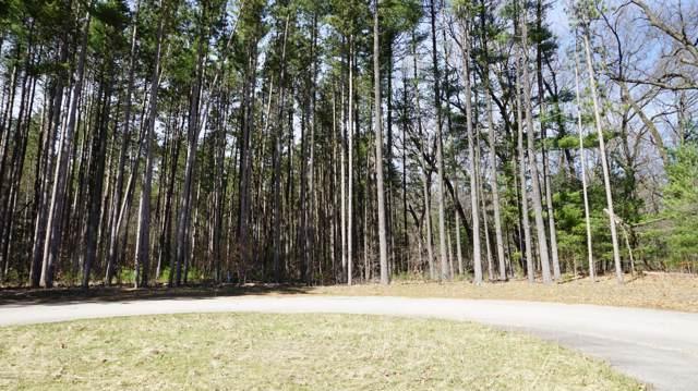 13 Pine Ridge Circle, Lawton, MI 49065 (MLS #20000427) :: Matt Mulder Home Selling Team