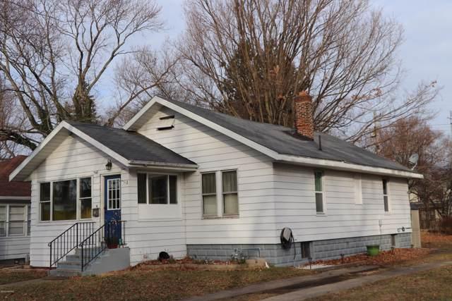161 Searles Avenue, Benton Harbor, MI 49022 (MLS #20000939) :: Deb Stevenson Group - Greenridge Realty